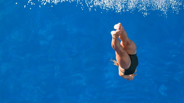 deep-olympic-diving-pool-52109463cd3bdc14-01